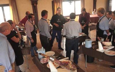 La Escuela Europea de Cortadores de Jamón impartirá un curso en Granada